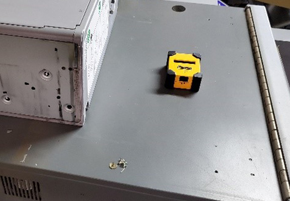 測定器の固定